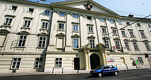 Not an embassy, but home to the Diplomatic Academy of Austria: Palais Favorita.