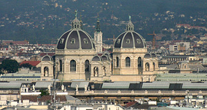 Naturhistorisches Museum and Kunsthistorisches Museum from the roof of the Karlskirche