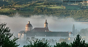 The old monastery of Pöllau in Styria is a popular day-trip destination from Graz