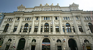 The Produktenbörse or Corn Exchange in Vienna: Pompous, historicist, pretentious crap as usual