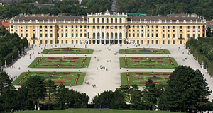 The Imperial Palace of Schönbrunn - money-shot that I took in summer 2008