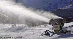 Saalbach-Hinterglem ensures the availabilty of snow with a vast number of snowguns